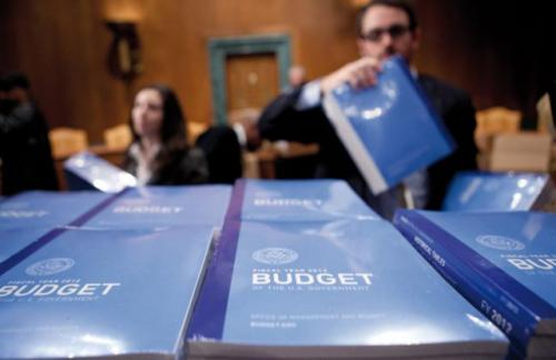 Дефицит бюджета США вырос на 12% в годовом выражении