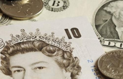 BCC ухудшила оценку роста ВВП Великобритании до 2,4%