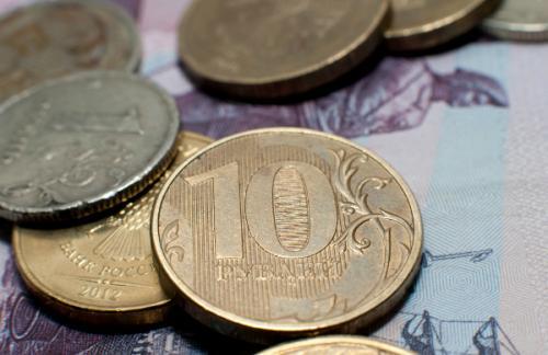 ЦБ: Инфляция в РФ опустится ниже семи процентов в 2016 году