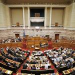 Греческий парламент одобрил третий пакет помощи