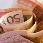 ЦБ поднял курс евро выше 88 рублей