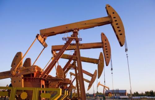 Добыча нефти в США упала ниже 9 млн баррелей
