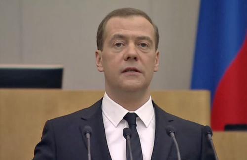 Медведев: вопреки предсказаниям российская экономика не разорвана в клочья
