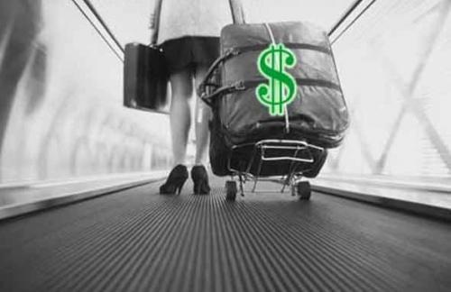 Улюкаев надеется, что отток капитала из РФ будет замедляться