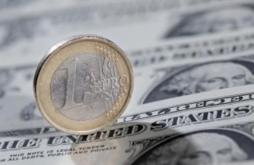 Курс евро взлетел выше 72 руб. на решении ЕЦБ