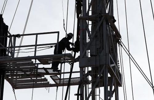 Всемирный банк предсказал падение цены нефти на $10 из-за Ирана