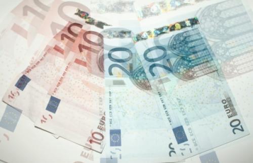Выборы в Греции обвалили евро к 11-летнему минимуму