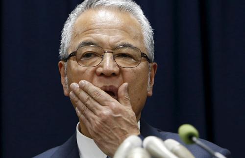 Министр экономики Японии подал в отставку из-за обвинения во взятке