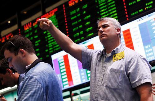 Нефть Brent упала ниже 46 долларов за баррель