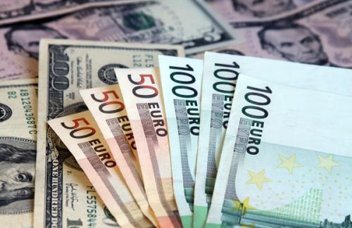 Международные резервы РФ остались на уровне $358,5 млрд