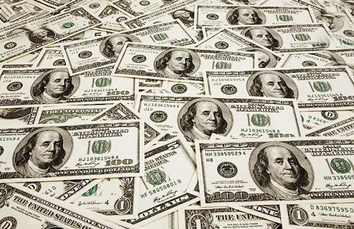 Международные инвесторы начали активно выводить капиталы с российского рынка