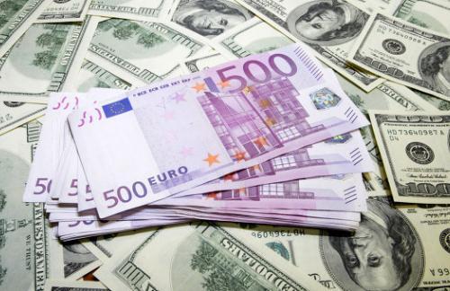 Улюкаев: РФ вряд ли разместит резервы в валюте одной из стран БРИКС