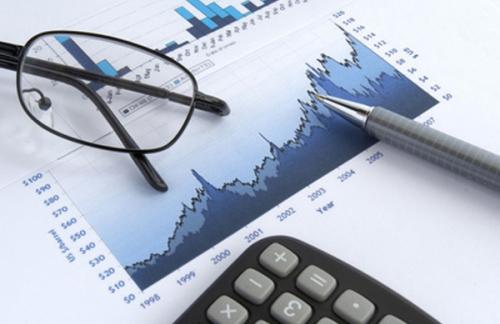 ЦБ улучшил прогноз по экономике России на 2015 год