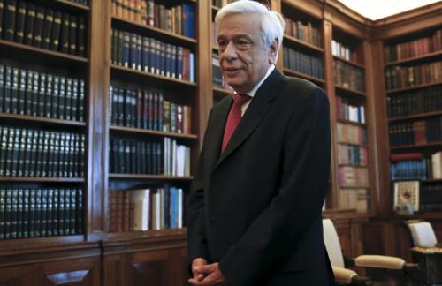 Президент Греции подписал указ о проведении референдума о выплатах долгов кредиторам