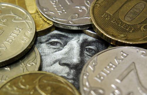 Доллар поднялся выше 55 рублей на греческом кризисе