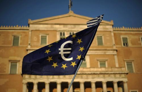 Греческий парламент утвердил меры жесткой экономии