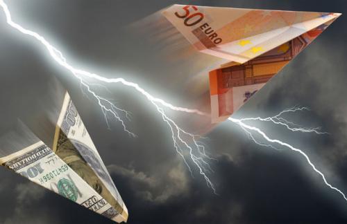 ЦБ снизил курс доллара и евро